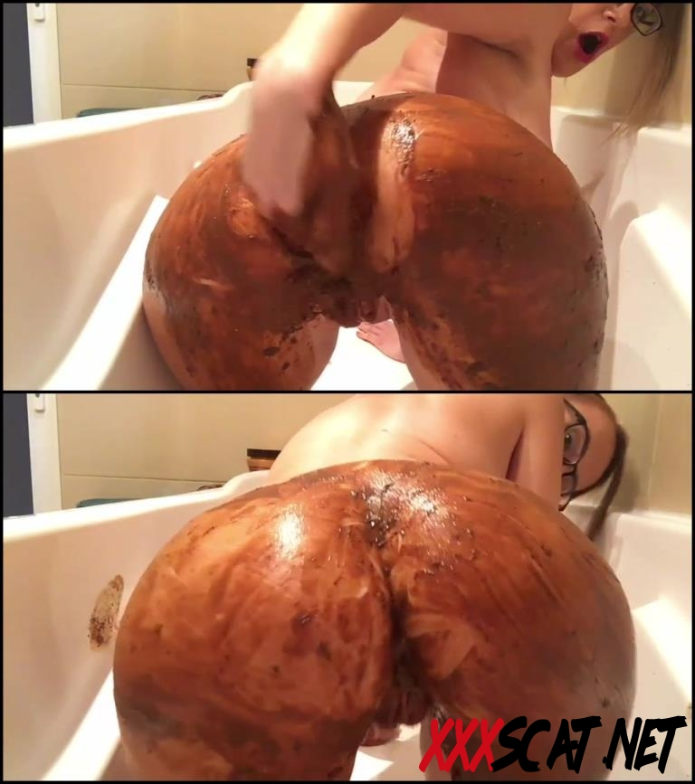 [Special #403] Girl covered feces in bath masturbates dirty anal hole and pussy 2018 [060.403_BFSpec-403] (FullHD)