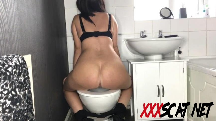 Special #1045 Toilet Amateur Shitting, Self Filmed 2020 [1.1045_BFSpec-1045] (FullHD)